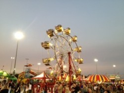 Carnival-Eastvale-picnic-in-the-park
