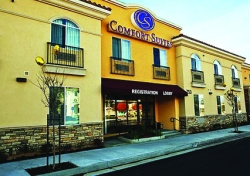 Comfort Suites in La Puente.  (Photo Courtesy:  Comfort Suites)
