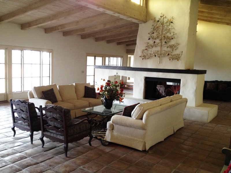 the current interior living room of the desi house - Desi Home Pic
