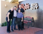 Photo by Monique Valadez Bob's Big Boy in Diamond Bar shuts down after 35 years. Franchise owner James Tsai and staff waited for customers Thursday afternoon to bear the bad news.