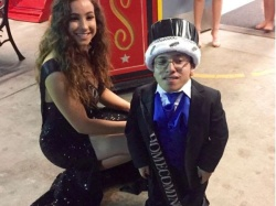 wvusd-king-queen-crouched